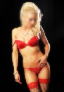 GFE Blonde Escort In London