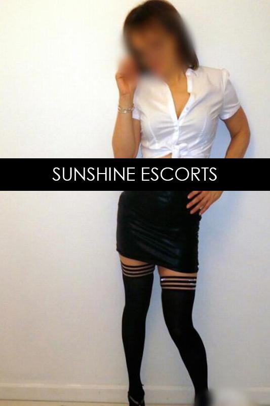 dani1-mature-australian-escort