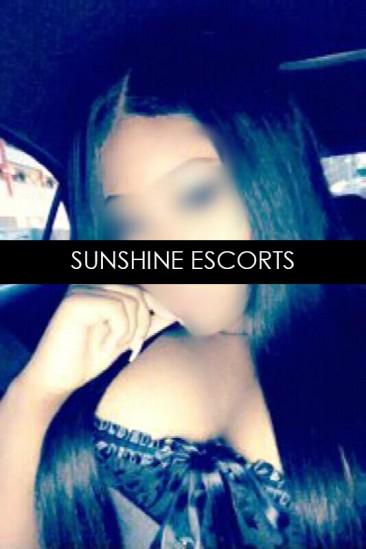 Latisha – Super Busty Black Escort