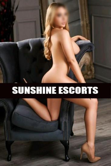 Poppy – 34DD Super Busty Blonde Escort